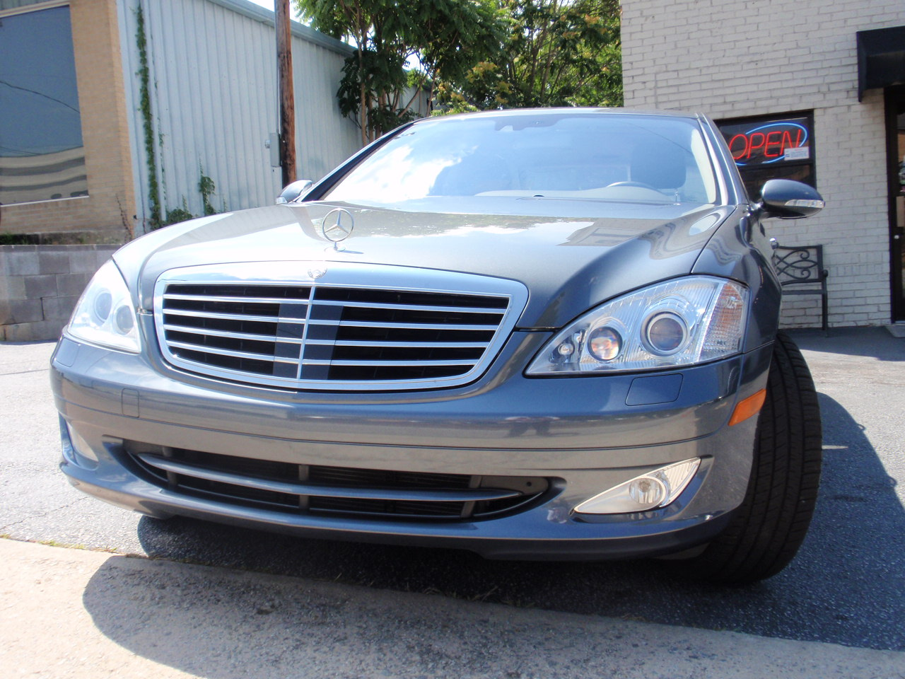 Cost new of a 2007 mercedes s550 for Mercedes benz mbrace reviews